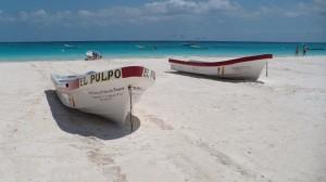 Pláž v Tulume, Mexiko