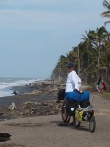 Zničená cesta na mexickom pobraží, Sánchez Magallanes