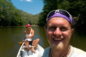 Kajakovanie na rieke Makal, Belize