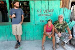 Slovenský archeologovia po práci, Uaxactun, Guatemala