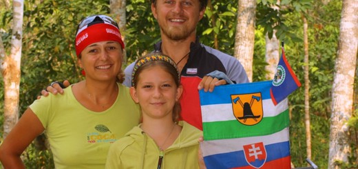 Dasa, Kybi and Katka with Slovak and Wallachian flag