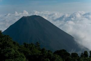 Vulkán Izalco 1 950 mnm, Národný Park Cerro Verde, Salvador